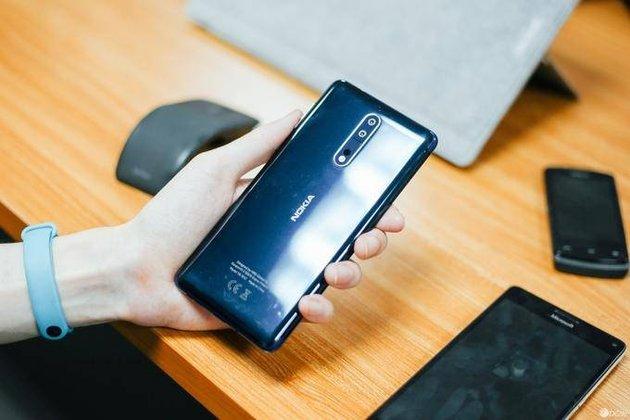 """骇科技丨""""至强""""旗舰来临:诺基亚8正式发布"""