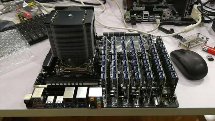 骇科技丨映泰推出挖矿专属转接卡,一块主板可接104张显卡