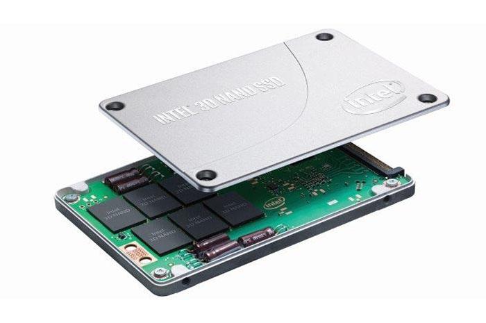 """骇科技丨Intel为数据中心带来新品:""""ruler""""型SSD,可构建1PB存储"""