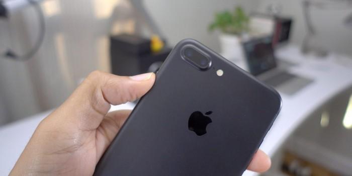 骇科技丨iPhone 8销量回暖 但更多人选择iPhone 7