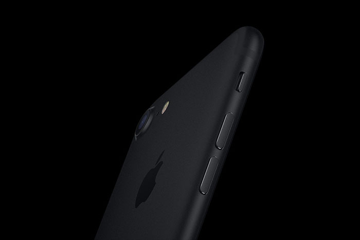 """BT丨如果你的iPhone 7""""无服务""""了,苹果现在可以免费维修"""