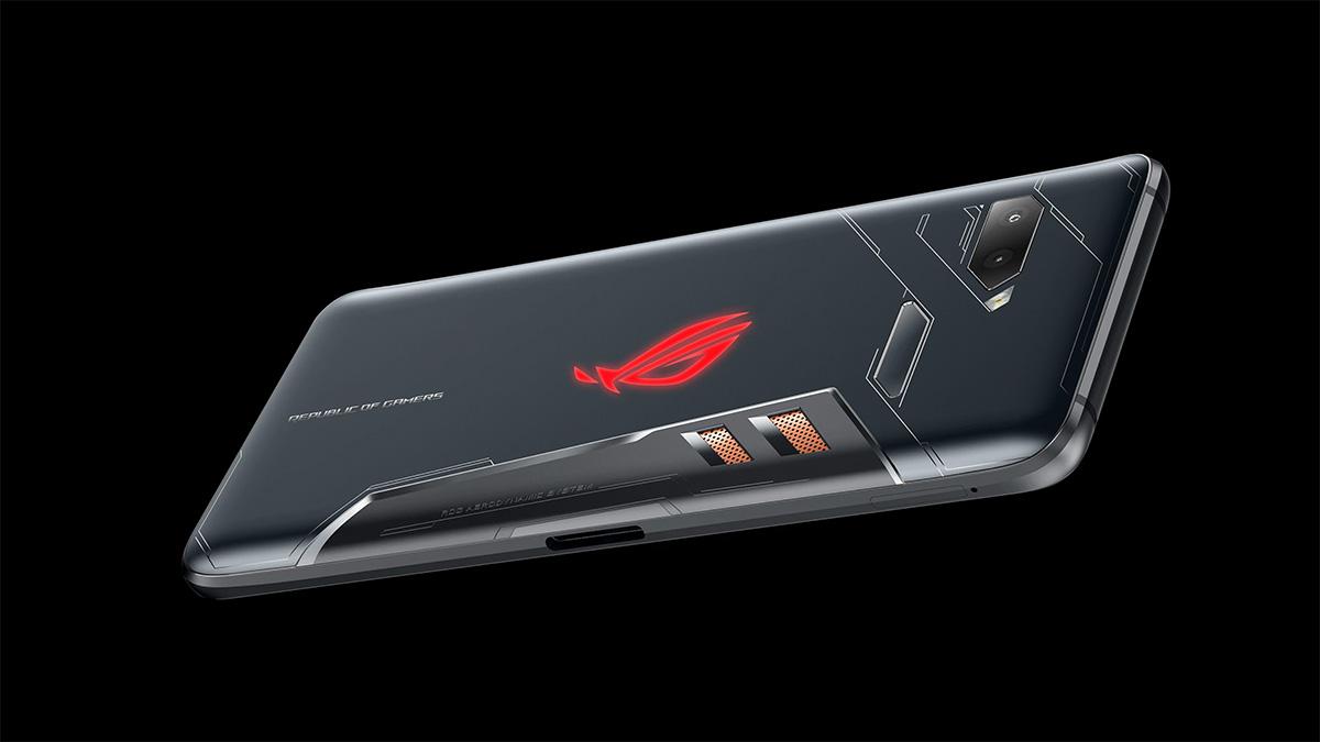 华硕 ROG 发布手机:「败家之眼」、鸡血版 845,这可能是最「惊艳」的游戏手机